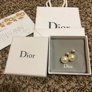 Dior tribal earrings authentic 100%